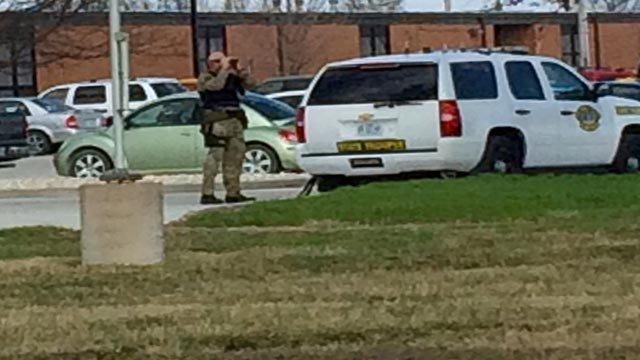 A Missouri Highway Patrol trooper stationed outside of a Montgomery County high school (Credit: Ray Preston / KMOV.com)