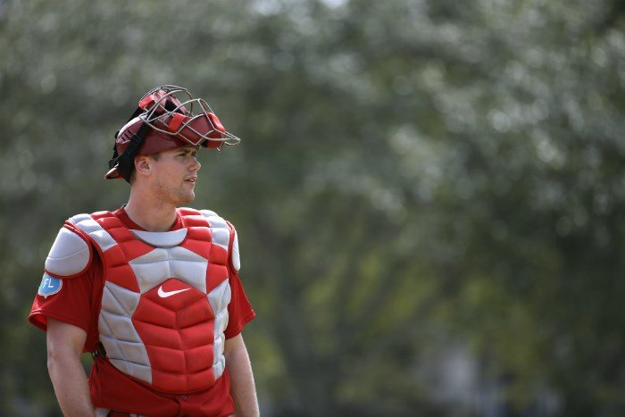 Carson Kelly prepares to catch a bullpen session. (AP Photo/Jeff Roberson)