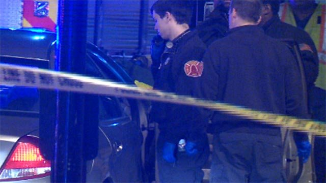 A man was shot and killed at Fourth and Chestnut in downtown St. Louis Sunday (Credit: KMOV)