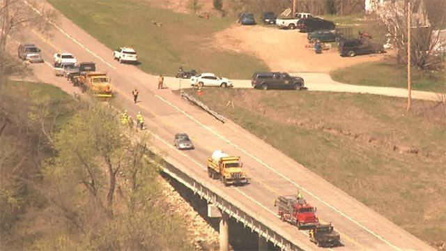 A MoDOT worker was struck and killed on Highway 100 west of Buchheit  Road Thursday morning (Credit: KMOV)