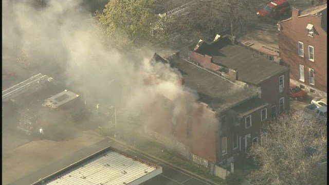 House fire broke out in Benton Park neighborhood around 5 p.m. on April 13 (Credit: KMOV)