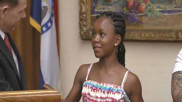 Neasha Thurman saved a 6-year-old girl from drowning at a south St. Louis pool. Credit: KMOV