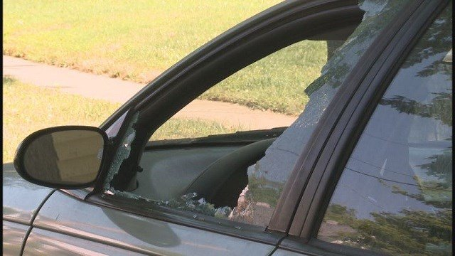 One of many Maplewood residents' car windows shattered (Credit: KMOV)