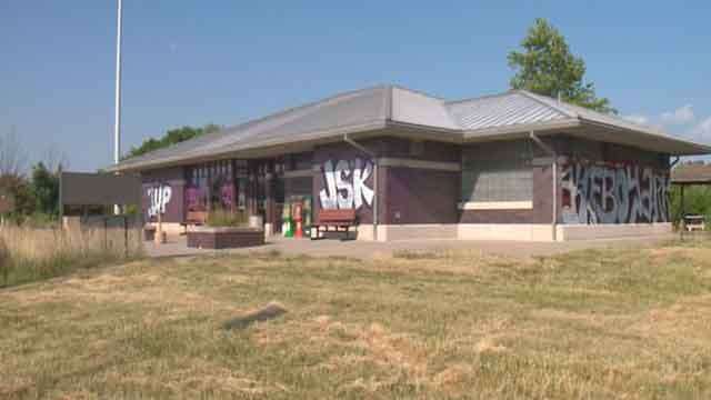 Homestead Rest Area located on I-55 is closed down and is a target to graffiti artists (Credit: KMOV).