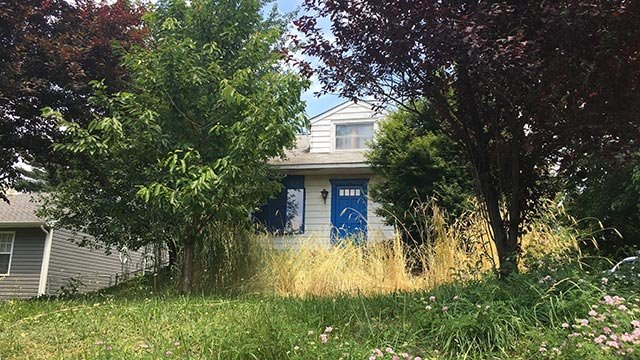 Authorities say 12 girls lived inside this home with Lee Kaplan. (Credit: Jean Casarez / CNN)