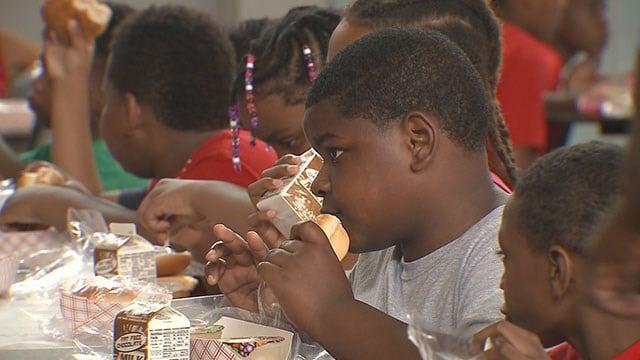School's Out Cafe serving children healthy meals over summer break (Credit: KMOV)
