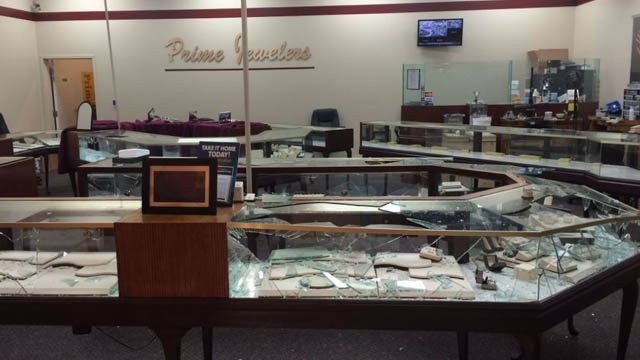 Police are looking for three suspects who robbed Prime Jewelers June 27 (Credit: Russell Kinsaul).