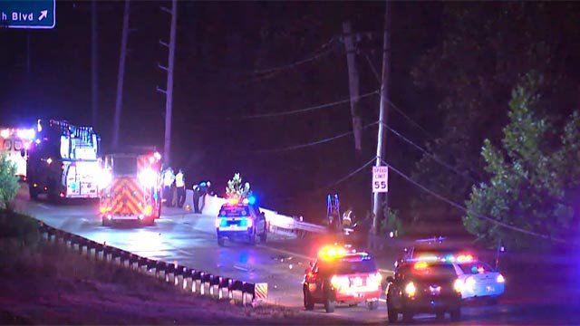 A crash closed the northbound lanes of Route 367 at New Jamestown Road Thursday morning (Credit: KMOV)