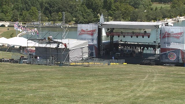 Fair St. Louis 2016 being setup on July 1 (Credit: KMOV)