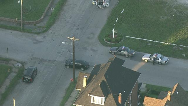 Skyzoom 4 over Gaty in East St. Louis (Credit: KMOV)