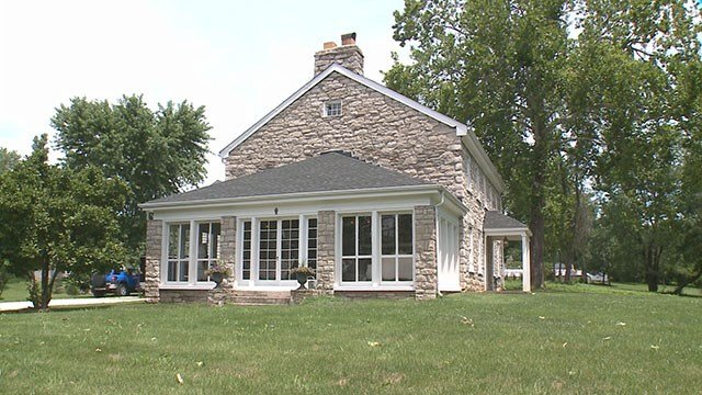 Owners of a 200-year-old farmhouse in St. Peters want to renovate the space for wedding venues and banquets (Credit: KMOV).