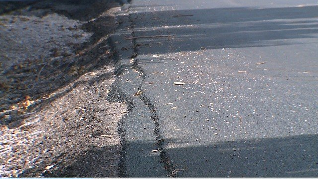IDOT warns of pavement failures Credit: KMOV