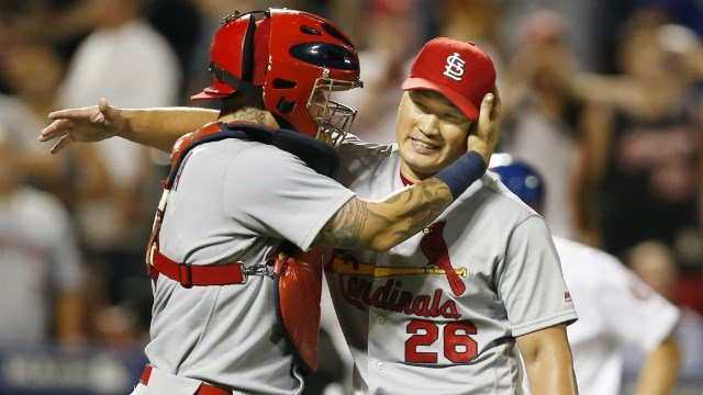 Yadier Molina and Sueng Hwan Oh have participated in every World Baseball Classic. (AP Images)