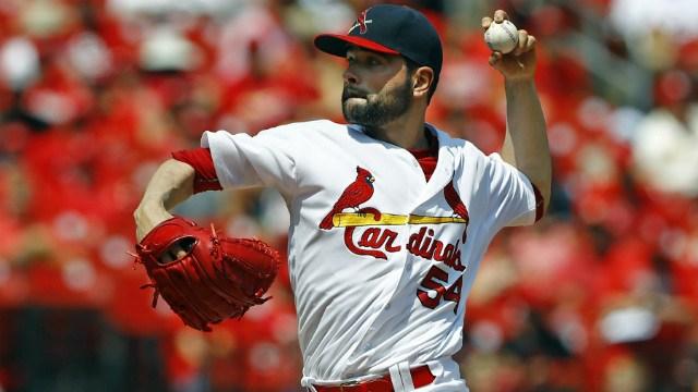 Cardinals defeat Brewers, 6-5