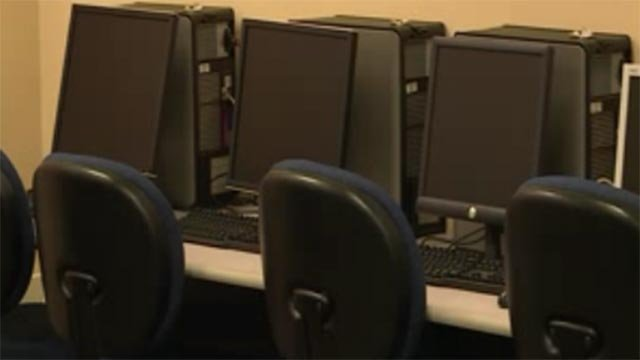 Computers in an officer (Credit: KMOV)