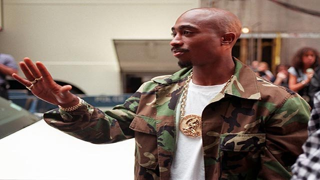 Rapper Tupac Shakur arrives at New York's Radio City Music Hall, Wednesday, Sept. 4, 1996. The famed New York City landmark will be rocking later in the evening when the 13th Annual MTV Video Music Awards take center stage. (AP Photo/Todd Plitt)