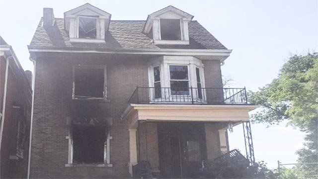 Home in the 5100 block of Enright (Credit: St. Louis Fire Department / Twitter)