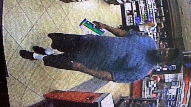 Suspect wanted for using stolen credit in Town and Country(Credit: Town and Country PD)