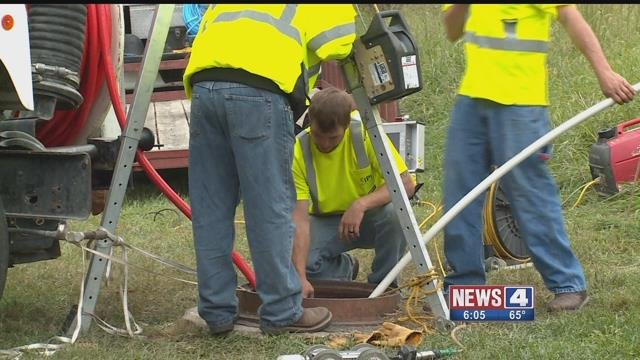 Crews are trying to dislodge a camera stuck in a pipe that may cause sewer back-ups in Lake St. Louis homes. Credit: KMOV