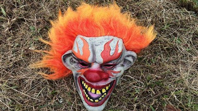 Clown mask on grass (Credit: Rolla Police Department / Facebook)