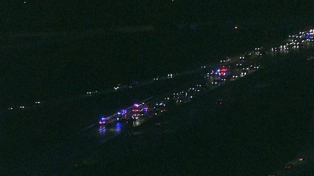 All lanes of SB I-270 closed following crash Monday (Credit: KMOV)