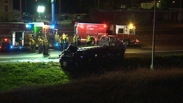 The crash scene on Westbound I-70 near Airflight Tuesday night (Credit: KMOV)