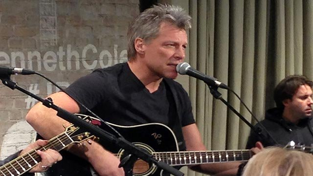 In this Feb. 12, 2015, file photo, Jon Bon Jovi performs in New York as part an acoustic music series, Common Thread (Credit: AP Photo / John Carucci, File)