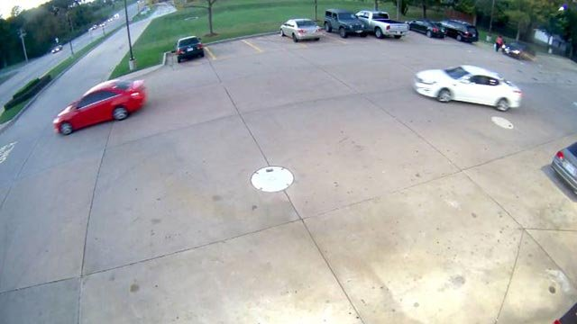 Surveillance photo of suspect  vehicle (Credit: St. Charles Police)