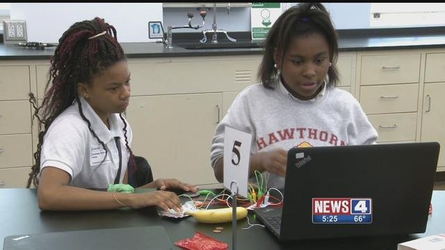Hawthorn Leadership School for Girls is using a grant from Monsanto  to fund STEM programs. Credit: KMOV