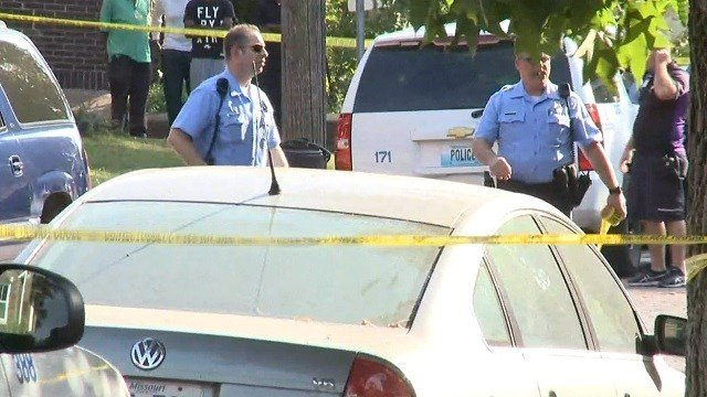 Police on scene of the shooting in south St. Louis on October 11 (KMOV)