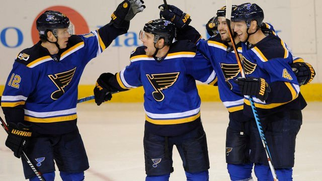 St. Louis Blues' Jaden Schwartz is congratulated by Jori Lehtera, Kevin Shattenkirk  and Carl Gunnarsson after his goal against the Los Angeles Kings during the third period of an NHL hockey game, Saturday, October 29th, 2016. (AP Photo/Bill Boyce)