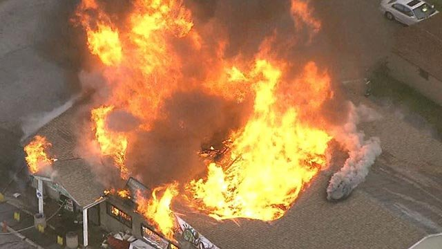 Skyzoom 4 over a fire at the Highway 15 Market in East St. Louis (Credit: KMOV)