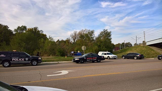 Police in East St. Louis after body found (Credit: Drew Mitchell / News 4)