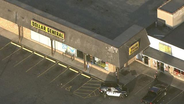 Skyzoom 4 over the Dollar General Wednesday morning (Credit: KMOV)