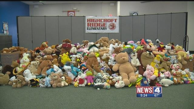 "Students at Highcroft Ridge Elementary School in Chesterfield held a stuffed animal drive to help those less fortunate during the holidays. Credit"" KMOV"