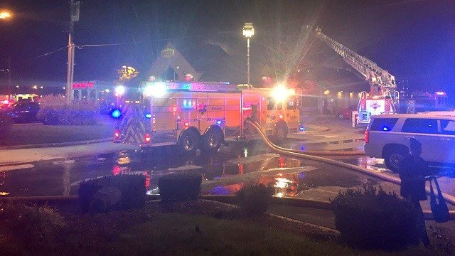Emergency crews on scene at a fire at a Eureka Denny's. (Credit: Kelly Davis, KMOV)
