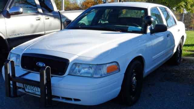Shiloh PD is auctioning off an old police cruiser. (Credit: KMOV)