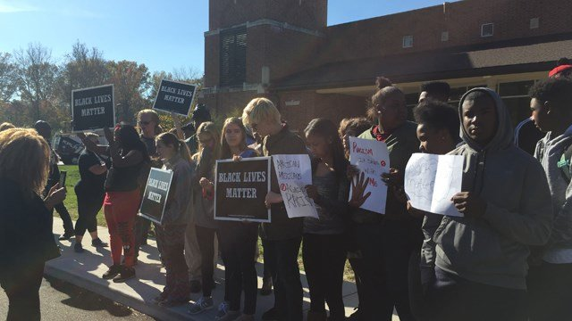 Ladue High School students walked out in protest. (Credit: KMOV).