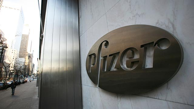 Pfizer's world headquarters is shown in New York. Pfizer Inc. (Credit: AP Photo / Mark Lennihan)