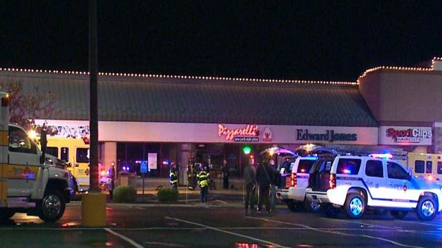 Pizzarelli's Pizzeria in Ellisville caught fire overnight (Credit: KMOV)