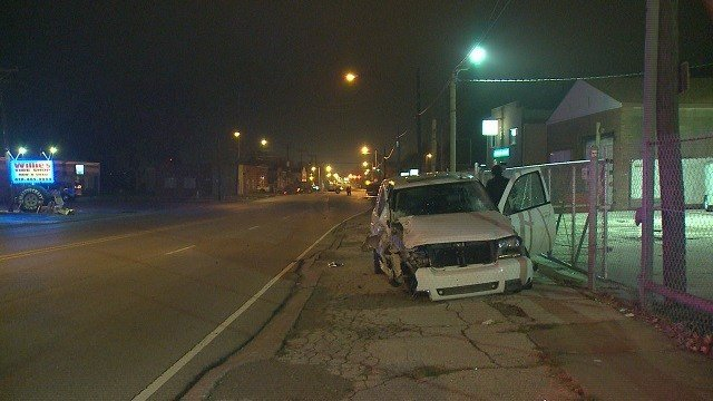 Driver of a SUV fled scene after crashing into a pickup truck in Alton. (Credit: KMOV)