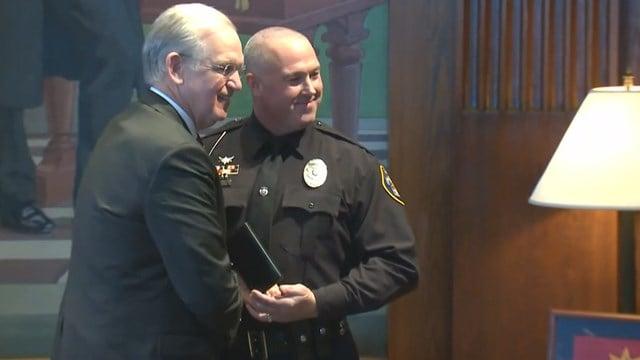 Jeffrey Haislip recieved the Missouri Medal of Honor from Gov. Nixon. (Credit: KMOV).