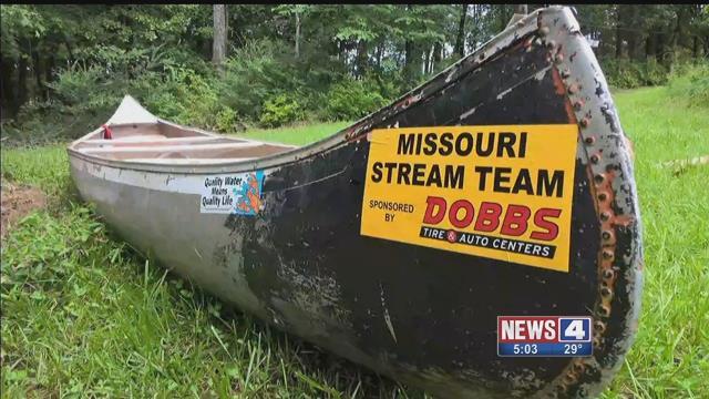 "A  'stream team"" canoe. Credit: KMOV"