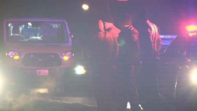 Police on scene of carjacking (Credit: KMOV)