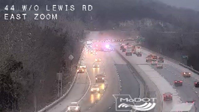 Multi-vehicle accident on I-44 at Lewis Road (MoDOT)