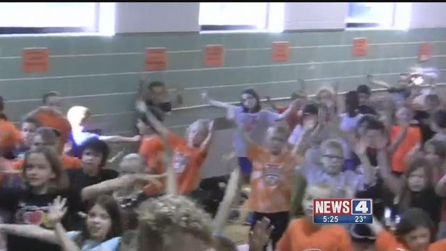 Leclaire Elementary in Edwardsville won a prize for its school spirit. Credit: KMOV