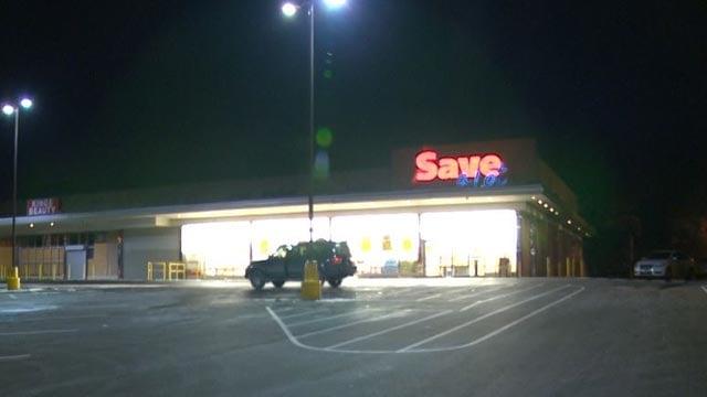 Save-A-Lot on Riverview Blvd. (Credit: KMOV)