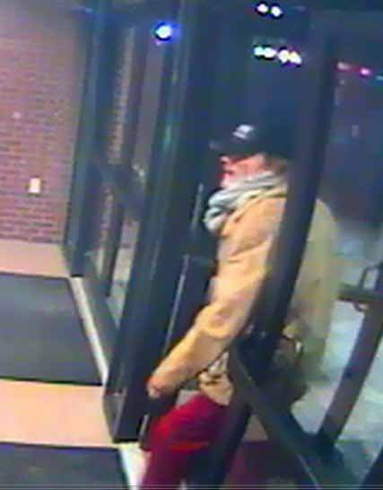 Police are looking for this man who they believed robbed an American Eagle Credit Union branch in Creve Coeur Tuesday. Credit: Creve Coeur PD