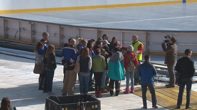 Parkway Middle School students received quite the surprise while on a field trip to Busch Stadium on Wednesday. (Credit: KMOV)