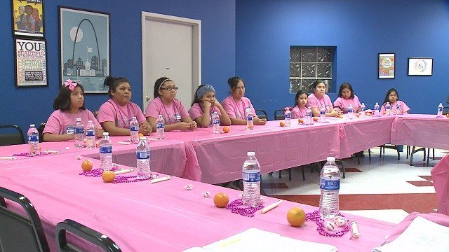 "Mothers & Daughters participating in the ""Girls in the Know"" speaker series. (Credit: KMOV)"